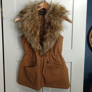 Donna Salyer's Fabulous Furs Faux Fur Collar Vest